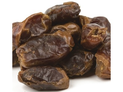 372100Pitted Dates